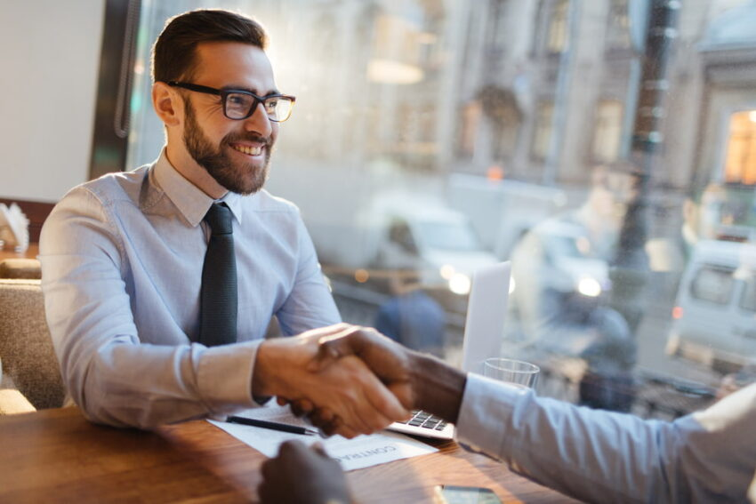 転職エージェントをあわせて利用することで転職活動の幅が広がる
